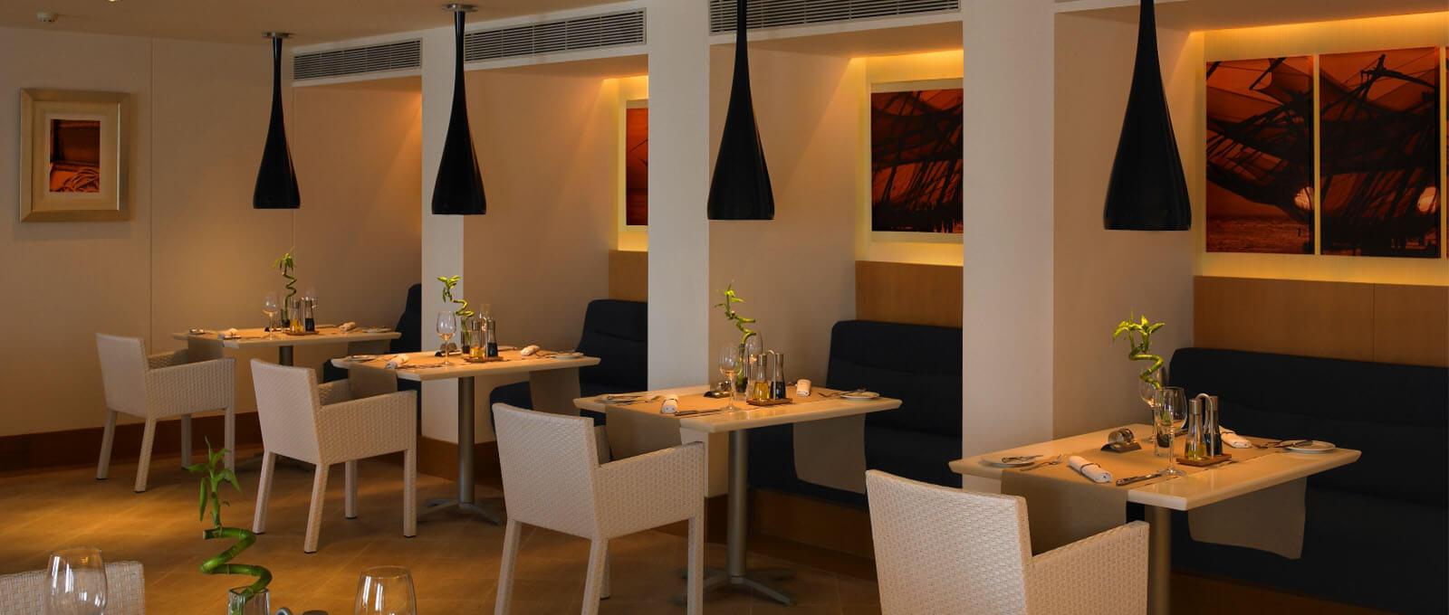 Cafe - The Raviz Kovalam