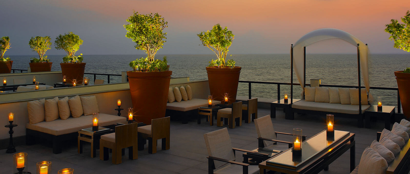 The Raviz Kovalam - Sky Bar