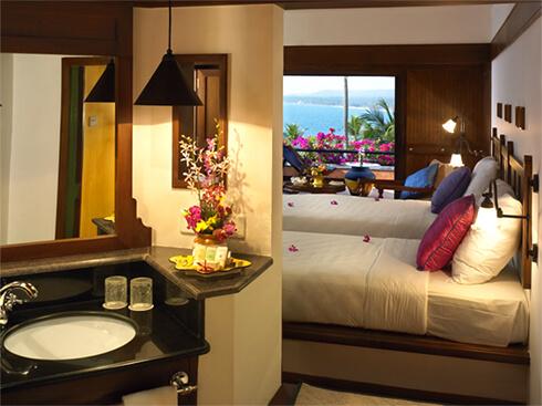 Luxury Bedroom - The Raviz Kovalam