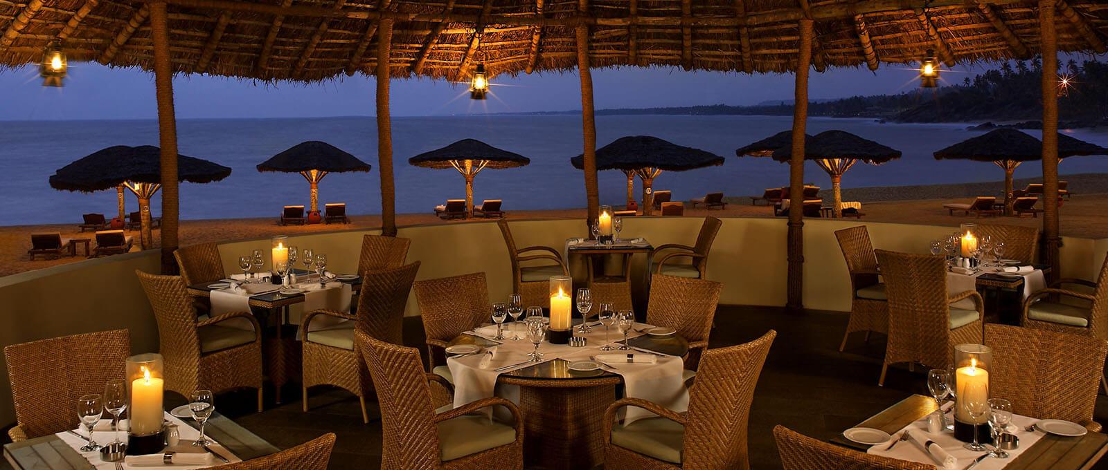 Tides Restaurant Interior